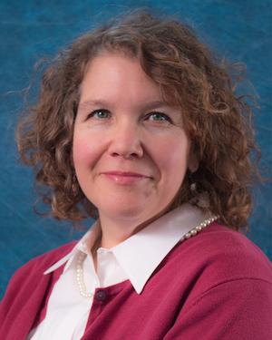 Gelynne Smallwood, Receptionist